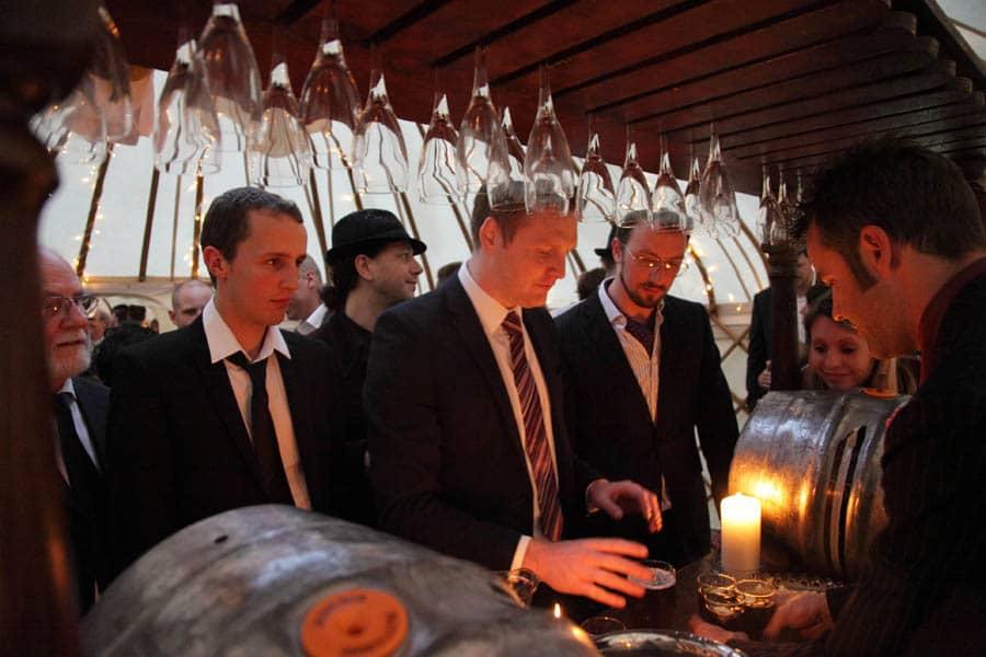 yurt wedding in somerset-48