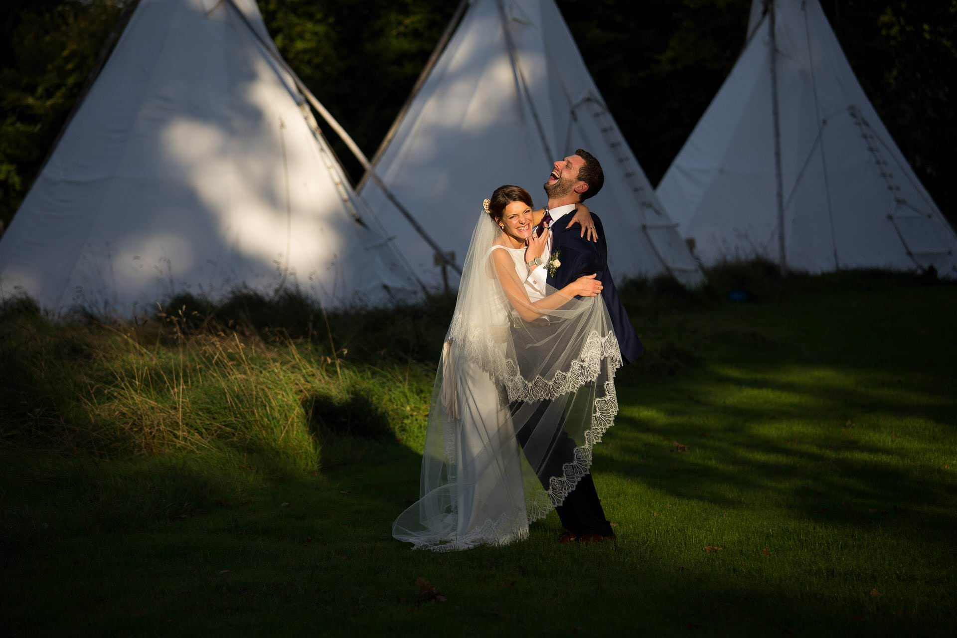 best 100 wedding photographers UK 32