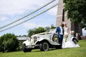 suspension bridge wedding photos
