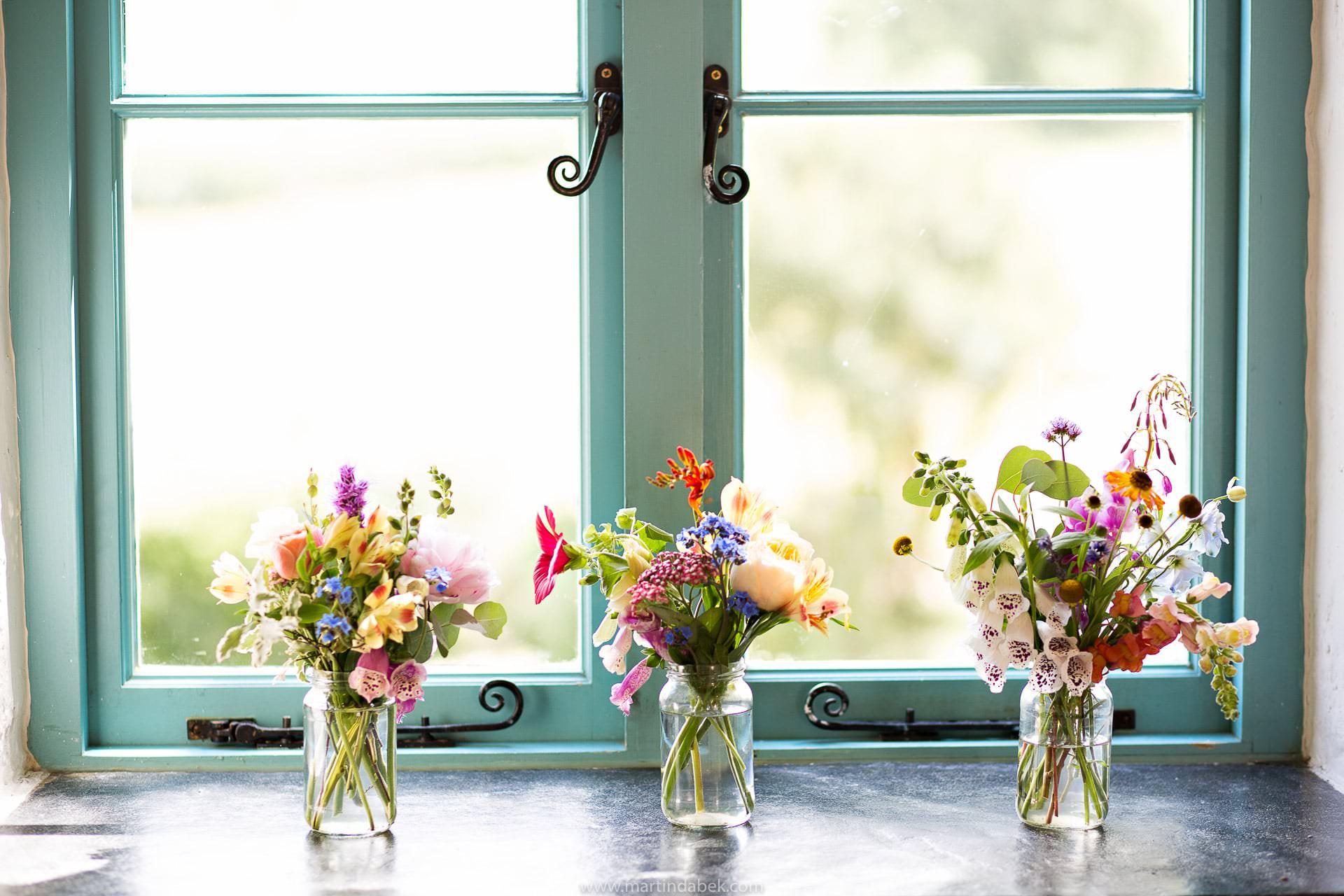 emma norton wedding flowers