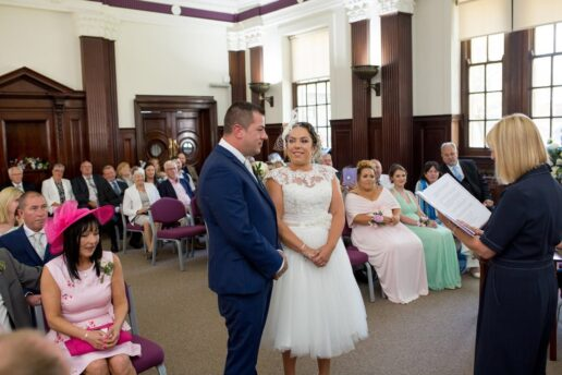 WESTON SUPER MARE TOWN HALL WEDDING PHOTOGRAPHY 02 uai