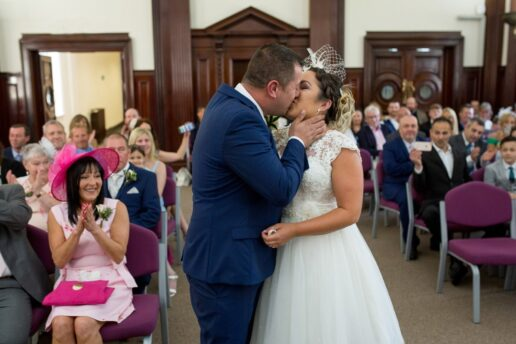 WESTON SUPER MARE TOWN HALL WEDDING PHOTOGRAPHY 03 uai